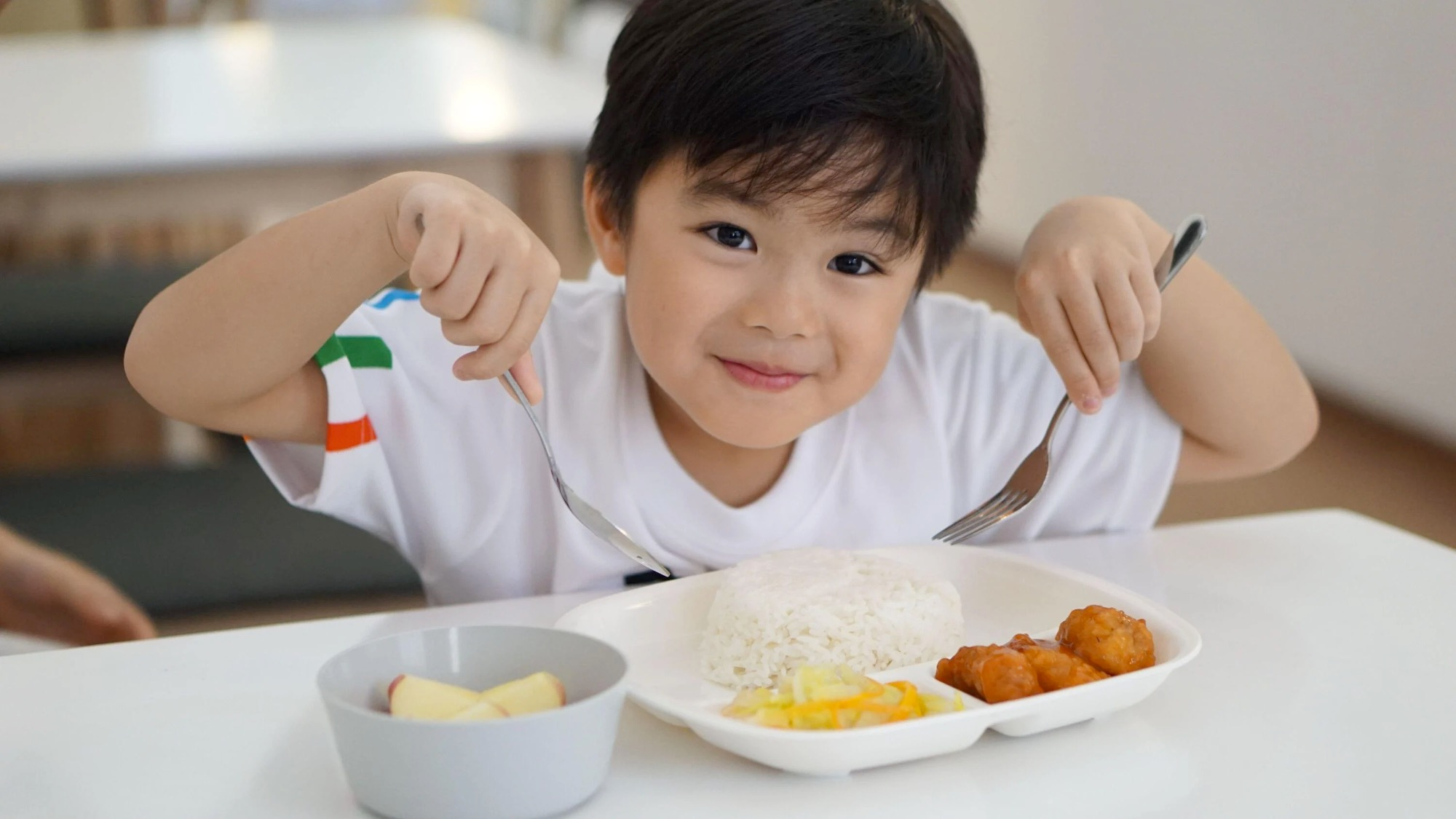 warm meals, student care, tasty well balanced meals, eat learn live